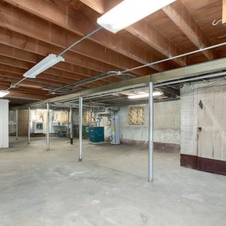 bungalow_basement