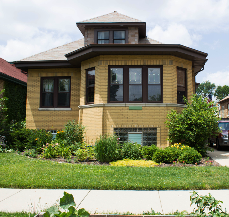 Morrissey-tour_Exterior-04_my-chicago-bungalow